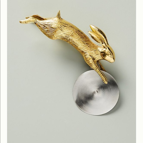 Anthropologie Other - Anthropologie rabbit pizza cutter